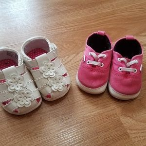 Size 3 baby girl toddler vans and white walkers